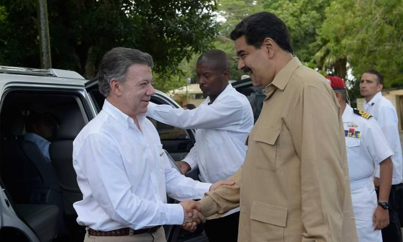 160811_02_Presidente-Colombia-Venezuela_1800