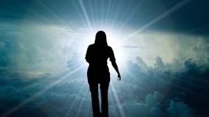 La muerte es sólo el comienzo: Científicos descubren que la vida continúa en otro plano