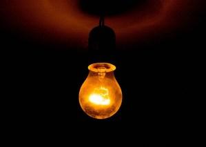 La misteriosa bombilla que lleva encendida desde 1901