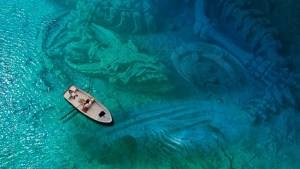 Algo muy raro se esconde en el Lago Titicaca