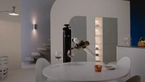 Samsung desarrolla un robot capaz de encargarse de las tareas del hogar y hasta servir una copa de vino