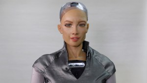 El robot Sofía, que prometió aniquilar a la humanidad, y otros androides comenzarán a desarrollarse en masa