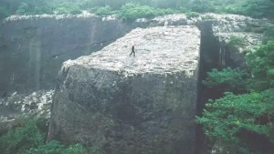 Los enormes e inexplicables megalitos de la cantera Yangshan