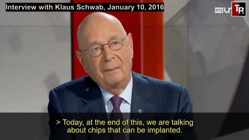 Klaus Schwab advierte que antes de 2026 todos tendremos implantes cerebrales