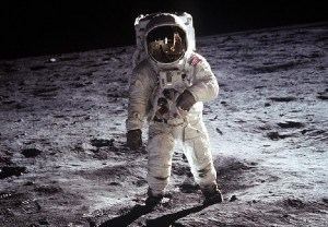 La Inexplicable Grabación Lunar del Apolo 11