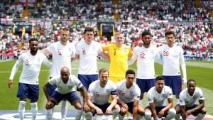 Reportan que cinco jugadores de la selección de Inglaterra se niegan a vacunarse contra el coronavirus