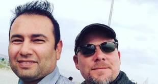 Zabihullah Tamanna (izquierda) y David Gilkey en Afganistán el 2 de junio. Monika Evstatieva / NPR