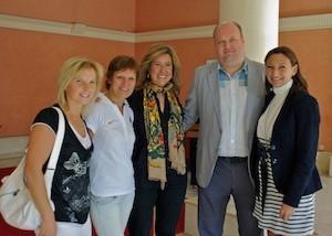 Ana Kringe, alcaldesa de Dénia (centro), con Erich TEigamägi, presidente de la Federación d eAtletismo de Estonia y la concejala del Ayuntamiento d eDénia Marcela Server (derecha) , y la medallista olímipica Erika Salumäe y la periodista y entrenadora deportiva estonias Ene Velksaar, residentes ambas en Dénia (izquierda). (C) Manuel López 2012