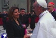 Laura Chinchilla con el papa Francisco