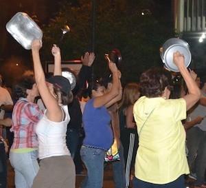 cacerolas-venezuela