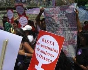 Movilización contra los asesinatos de mujeres en Oaxaca