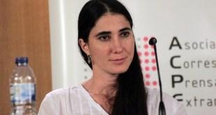Yoani Sánchez con los corresponsales de ACPE en Madrid
