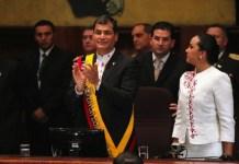 Rafael Correa toma posesión de la presidencia para un tercer mandato el 24 de mayo de 2013. Foto: Micaela Ayala (Andes)