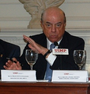 Francisco González, presidente del BBVA, en la UIMP