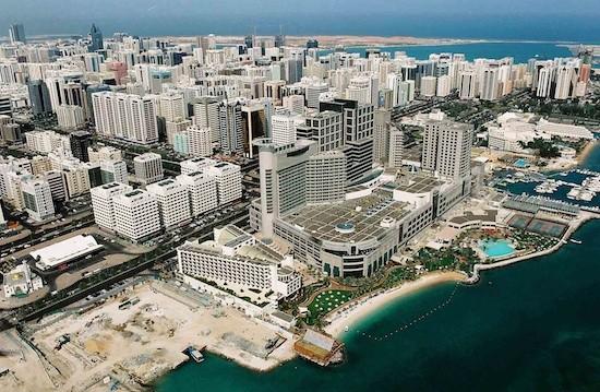 JB-Beach-Rotana-Hotel-Abu-Dhabi