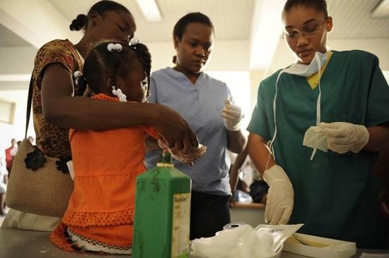 haiti-mujeres-CharlesEckert-ActionAid