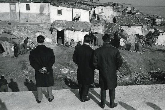 Joan Colom. Paseo Marítimo, 1964. Donación del autor. Museu Nacional d'Art de Catalunya, Barcelona © Joan Colom