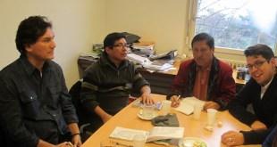 Germán Ospina, Miguel de León y Pablo Ceto con Diego de León Sagot en las oficinas del CMI en Ginebra