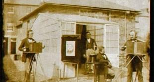Vista del Establecimiento fotográfico de lectura. Atribuído una Benjamin Cowderoy o Calvert R. Jones. Papel a la sal partir de un negativo de la ONU calotipo, 1846. Bradford, Museo Nacional de Medios / Vista de la lectura Establecimiento Atributted a Benjamin Cowderoy o Calvert R. Jones Salado de impresión de papel a partir de un negativo calotipo 1846 Bradford, Museo Nacional de Medios