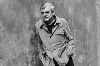 Milan Kundera, 85 años dándonos en qué pensar