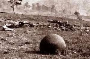 Esferas apareciendo en terrenos de la United Fruit Company en Costa Rica en los años 1930 (ver artículo).