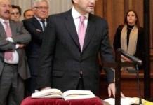 http://periodistas-es.com/tomas-de-posesion-la-laicidad-que-llega-41887