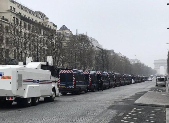 Le Media (Aude Lancelin): Despliegue policial en París contra los gilet jaunes, 23 de marzo de 2019
