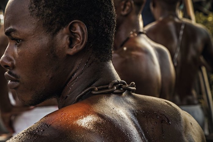 Los africanos llegaron a Estados Unidos como esclavos para trabajar en granjas y plantaciones. Fotograma: Ricardo Teles (de National Geographic).