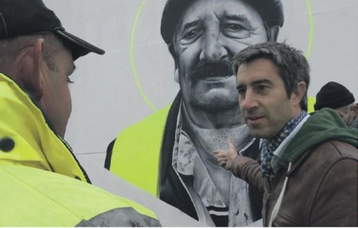 Ruffin refleja en las páginas de Ce pays que tu ne connais pas la Francia que protesta cada sábado contra las políticas antisociales