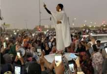 Alaa Salah, Sudán, 8 de abril de 2019