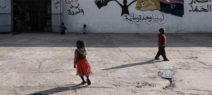 UNICEF / Romenzi: Niños migrantes en un centro de detención en Trípoli, Libia