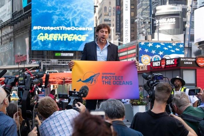 Javier Bardem en el acto organizado en la plaza de Times Square, Nueva York, por Greenpeace