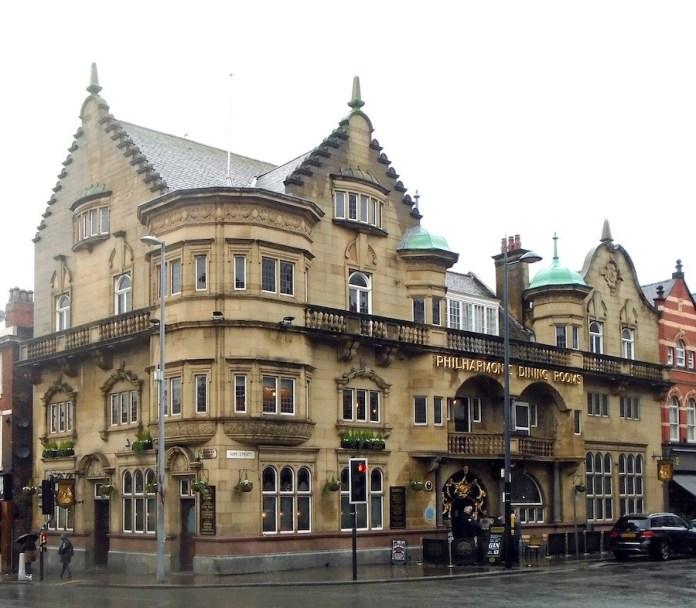"""Liverpool: el Philharmonic Dining Rooms, el """"Phil"""" o pub de los Beatles"""