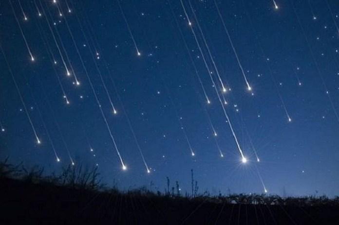 Lluvia de meteoritos sobre la Tierra