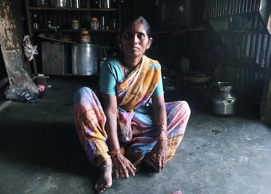Anesvad: persona afectada por la lepra en India