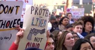 EEUU: protestas de estudiantes por la violencia con armas de fuego. FOT: Democracy Now