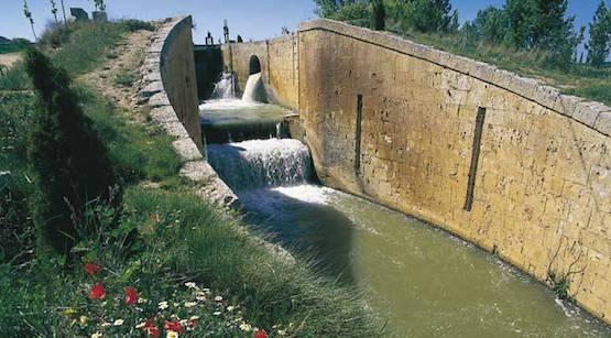 Esclusa del Canal de Castilla en Fromista