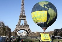 Greenpeace reclama en la COP21 de París un acuerdo firme sobre energías renovables para 2050