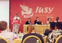 Sesión plenaria de la IUSY en Tirana en 2016