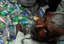 Campaña en India contra la contaminación por plásticos