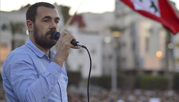 Naser Zafzafi durante las protestas en Alhucemas antes de ser detenido