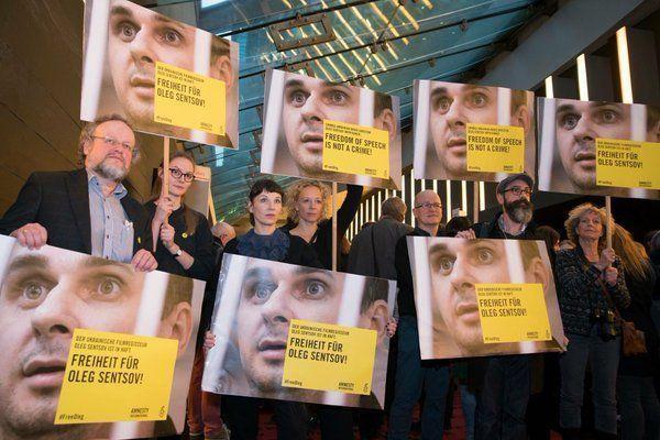 Protestas por el encarcelamiento de Oleg Sentsov en la Berlinale 2016