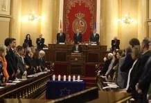 El Senado de España conmemoró el 27 de diciembre de 2015 el Día en memoria del Holocausto, ante representantes de las comunidades afectadas de la masonería, gitanos y judía.