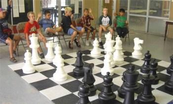 Niños en una clase de ajedrez en Estados Unidos.