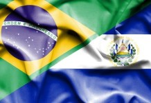 Banderas de El Salvador y Brasil. Archivo 123RF Aleksandar Mijatovic