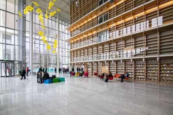 Nueva sede de la Biblioteca Nacional de Grecia en Atenas. ©P Giorgis Gerolympos
