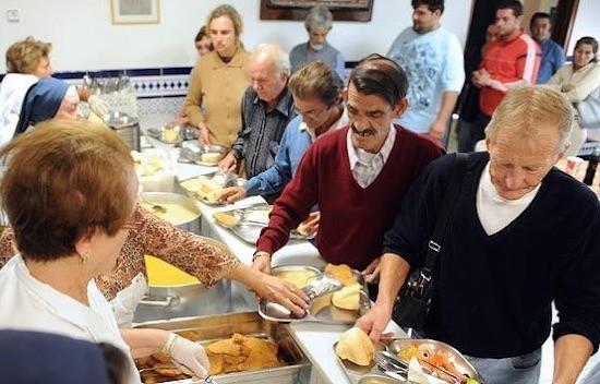 Comedor social de Cáritas en España