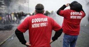 Protestas sindicales por los expedientes de regulación de empleo en Goodyear, Amiens, Francia.