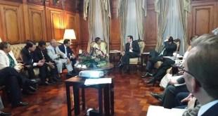 El Presidente de Guatemala recibe propuesta de Programa de Protección a Periodistas