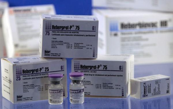 Muestra del medicamento HebertPro-P, desarrollado por el Centro de Ingeniería Genética y Biotecnología de Cuba, que ayuda a evitar las amputaciones por ulceraciones profundas que provoca la diabetes. Crédito: Jorge Luis Baños/IPS